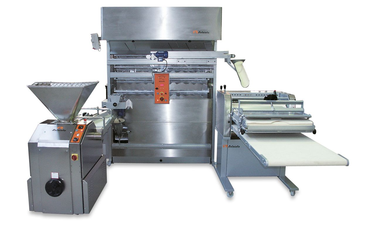 Semiautomatic Groupe with horizontal moulder